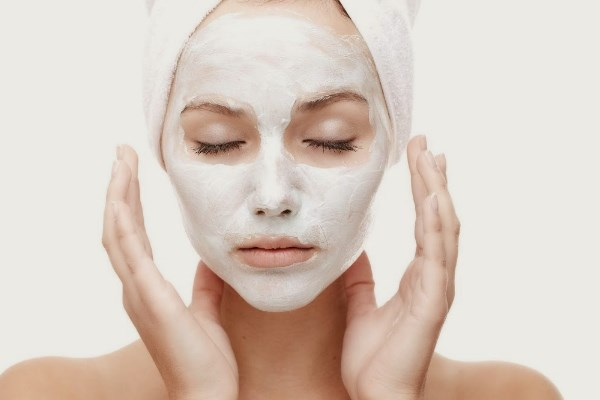 Masker Alami Untuk Kulit Berjerawat